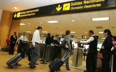 AeropuertoVuelosNacionales