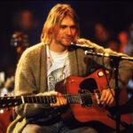 "La mítica guitarra que usó Kurt Cobain en ""MTV Unplugged"" supera el millón de dólares"