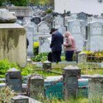 COVID-19: Muertes diarias bajan del medio centenar en Nueva York