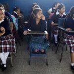 Pandemia puede hacer retroceder acceso a educación de niñas en Latinoamérica