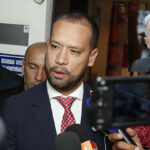 Colombia: Juez ordena detención domiciliaria de exabogado de Álvaro Uribe