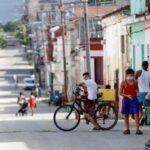 Cuba suma 35 casos, la mayoría en una capital bajo restricciones (VIDEO)