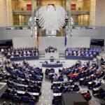 Ultraderecha alemana rechaza la mascarilla obligatoria en el Bundestag