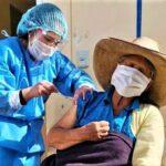 Covid-19: Vacunación a mayores de 70 a 79 años inician en mayo