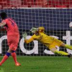 Champions League: Chelsea golea (4-0) al Sevilla con póker de goles de Giroud