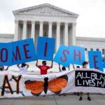 Juez ordena al Gobierno de Trump restaurar DACA en su totalidad