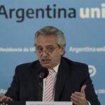 Covid-19: Argentina ofrece ayuda a Uruguay y Bolivia para conseguir vacunas