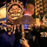 Miles protestan contra Netanyahu mientras el Gobierno israelí se tambalea