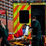Los contagios por covid llegan al récord de 60.916 en el Reino Unido