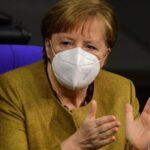 Merkel convoca a farmacéuticas para abordar problemas con las vacunas