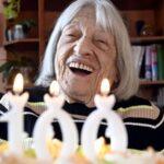 Campeona olímpica más veterana Agnes Keleti cumple 100 años