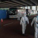 Expertos de OMS en Wuhan para investigar origen del virus (VIDEO)