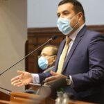 Vacunación: En AP dicen que acuerdo para peritaje a congresistas no es obligatorio