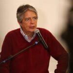 Ecuador: Candidato presidencial ofrece vacunar a 9 millones en 100 días