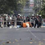 Birmania: Al menos seis muertos hoy domingo durante protestas (VIDEO)