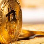 Bitcoin supera los 52.000 dólares y alcanza un nuevo máximo histórico