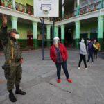 Ecuador: Abren colegios electorales en jornada de comicios generales
