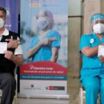 Sagasti se vacunó contra el covid-19 en el Hospital Militar (VIDEO)