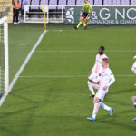 Serie A: Milan se impone por 3 a 2 a la Fiorentina y se coloca segundo (VIDEO)