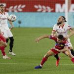 LaLiga: Sevilla gana al Elche (2-0) y queda cerca de la Champions