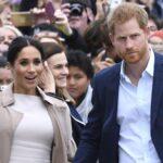 Jóvenes apoyan a Meghan y los mayores a la monarquía, según encuesta