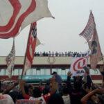 """""""U"""": 'Trinchera Norte' llega a Campo Mar para exigir salida de Comizzo"""