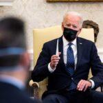 Biden espera que veredicto en juicio por muerte de Floyd sea el correcto