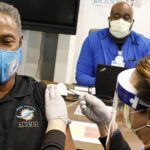 Covid-19: Empresas de EEUU empiezan a exigir vacuna a sus trabajadores