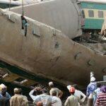 Pakistán: Mueren 40 personas en colisión de dos trenes