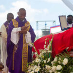 Haití: Sepultan en su ciudad natal al asesinado presidente Jovenel Moise