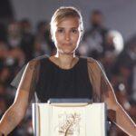 Festival de Cannes: Julia Ducournau recibe Palma de Oro por Titane (Tráiler)