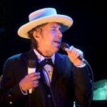 Mujer acusa a Bob Dylan de haber abusado sexualmente de ella a los 12 años