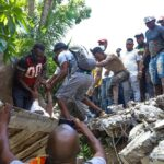 Haití: Potente sismo deja al menos 300 muertos (VIDEOS)
