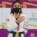 Rinden homenaje a Angélica Espinoza por medalla de oro en Tokio 2020