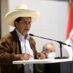 Castillo ratifica a Julio Velarde como presidente del BCR